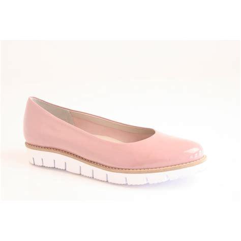 perlato perlato pink patent shoe with superlight