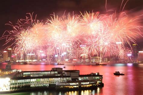 when is the new year fireworks in hong kong hong kong new year fireworks 2018