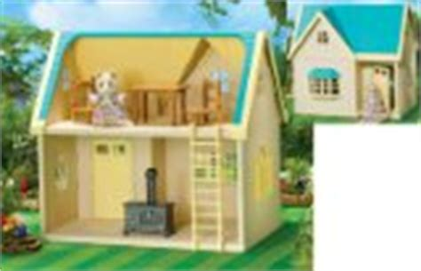Sylvanian Applewood Cottage by Large Dolls House