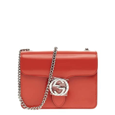 Small Patent Bay Shoulder Bag by Gucci Interlocking Shoulder Bag Patent Small At 1stdibs