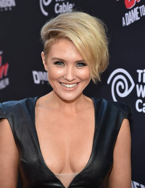 nicky whelan 3   sawfirst hot celebrity pictures