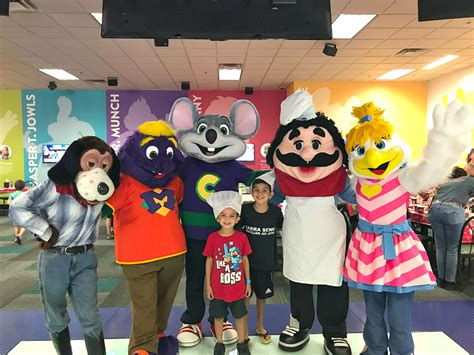 Where Can I Buy Chuck E Cheese Gift Cards - chuck e cheese s san antonio north location gets a makeover a thrifty diva