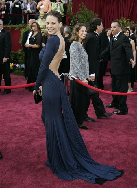 Oscars Carpet Hilary Swank by Hilary Swank In Laroche Picture Best Oscar Dresses