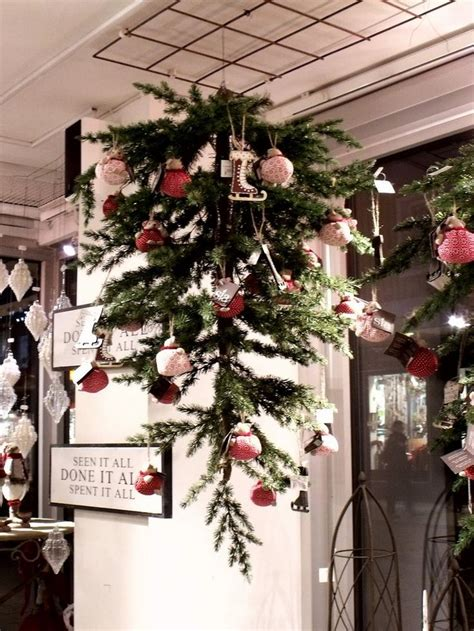 weihnachtsdeko tipps kleinen weihnachtsbaum an die decke h 228 ngen tipps