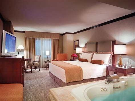 Ameristar Hotel Rooms by Ameristar Casino Hotel Council Bluffs 2017 Room Prices