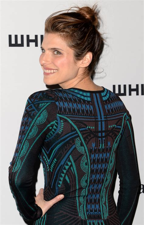 Style Lake Bell by Lake Bell Hair Knot Lake Bell Hair Looks Stylebistro