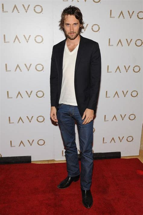 Italian Cocktail Party - actress rebecca mader hosts lost series finale party at lavo