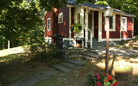 Hudson Valley Cabin Rentals by Hudson Valley Cottage On 10 Rolling Acres Vrbo