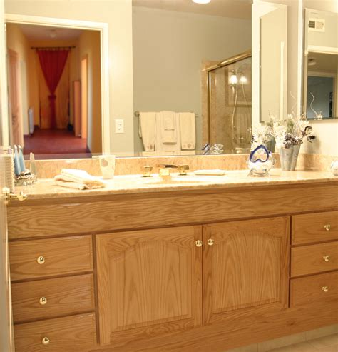 custom bathroom vanities designs the common combination