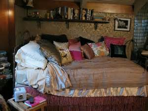 Indie Bedroom Ideas 17 best ideas about aria montgomery room on pinterest