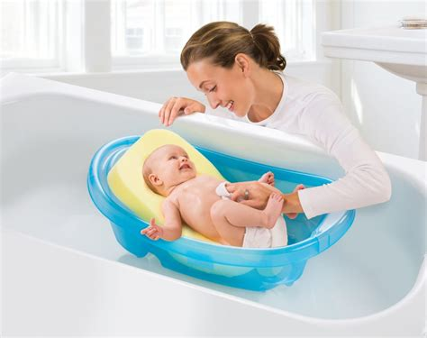 how to bathe baby in bathtub comfy bath sponge summer infant baby products