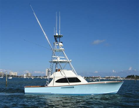 charter fishing boat tipping palm beach towers