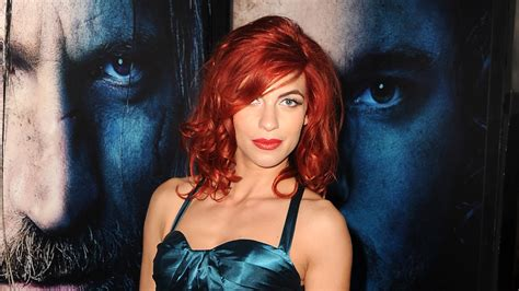 cast of game of thrones osha game of thrones actress natalia tena joins the refugees