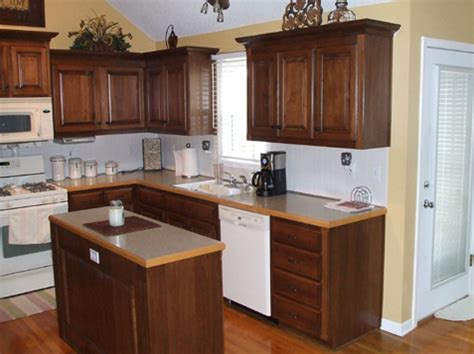 How To Refinish Oak Kitchen Cabinets by Refinishing Oak Kitchen Cabinets Neiltortorella Com
