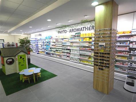 Cabinets Médicaux by Photo 1 Agencement Pharmacie Pharmacie Design