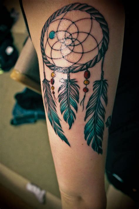 dreamer tattoos 35 awesome dreamcatcher tattoos and meanings