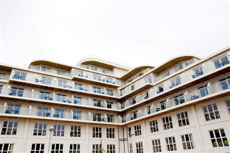 butlin s goes all glam and hi tech with 163 25m new cruise