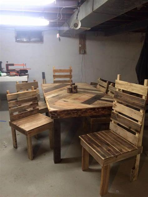 pallet dining room table pallet dining table with chairs set