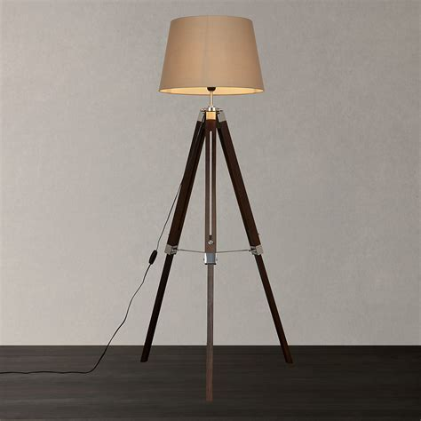 Decor: Awesome Tripod Lamp For Interior Lighting Ideas