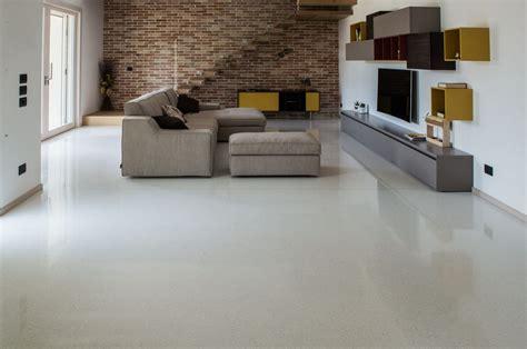 resina per terrazzi pavimenti in resina