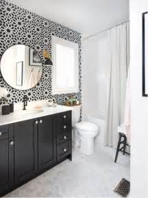 Black And White Bathroom by Black And White Bathroom Houzz