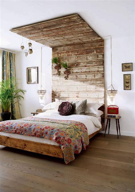 schlafzimmer ideen holzbett diy deko ideen schlafzimmer mit holzbett und kopfteil holz
