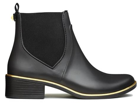 chelsea boots bandung misyelle store blog 10 on trend boots to pick up this season