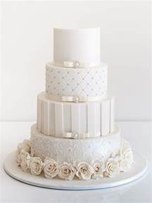 wedding cake 20 delightful wedding cake ideas for the 1950s loving chic vintage brides