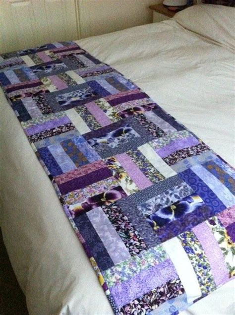 bed runner patterns love this pattern for a bed runner crafts sewing