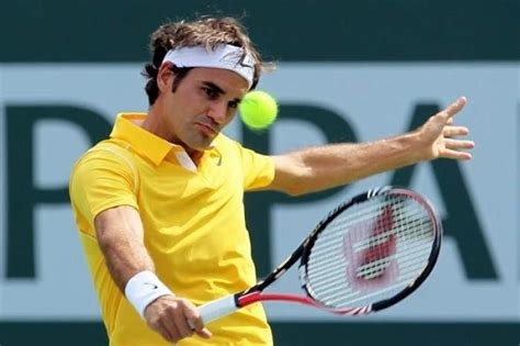 atp paris federer reaches first bercy final