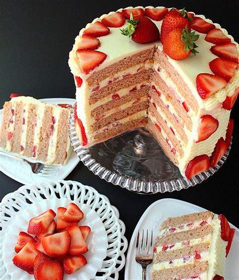 Cake Strawberry Decoration by Fresh Strawberry Cake Recipe Strawberry Decorations