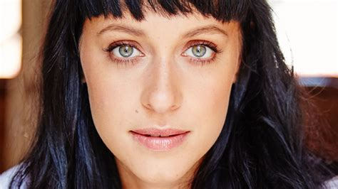 actress dies jessica falkholt home and away actress dies after horror