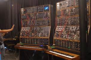 keith emerson modular synthesizert02 synthtopia