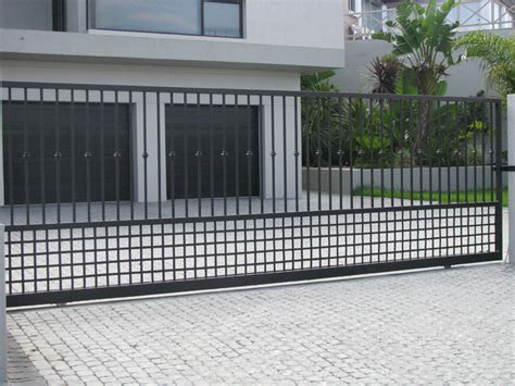 cape steel manufacturers steel gates and fencing