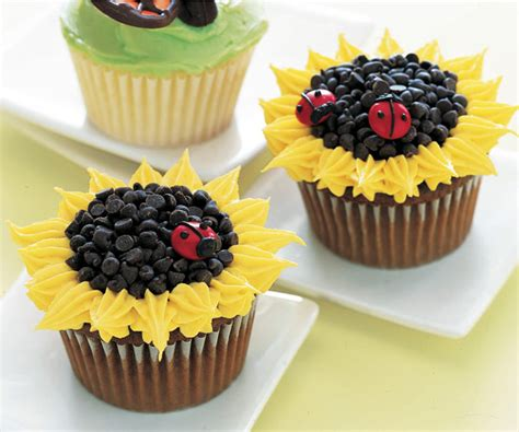 images of cupcakes decorated www pixshark images
