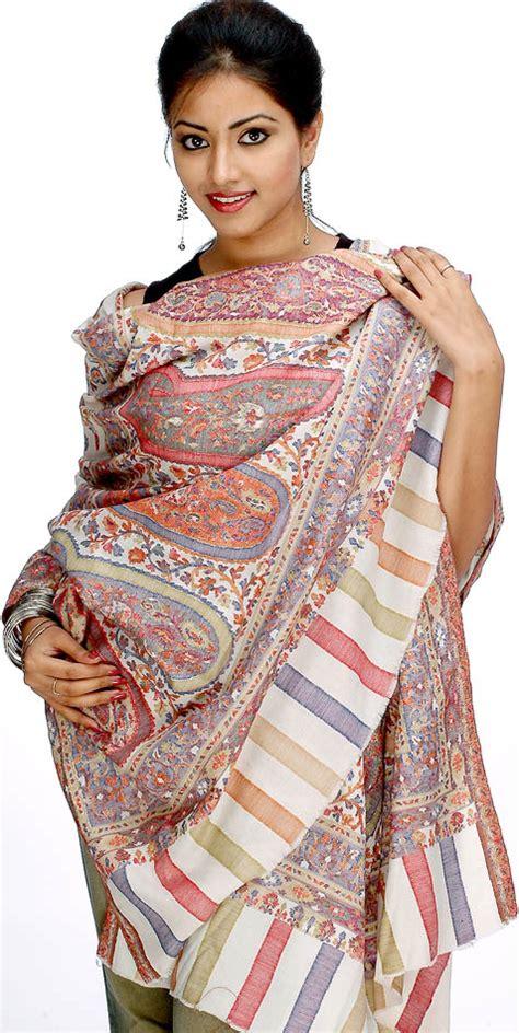 Exsotic Style Pashmina S255 kani shawl with antique kashmiri design