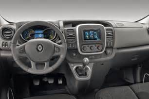 Renault Trafic Interior The New Renault Trafic Panel Acquires A New Gaze And