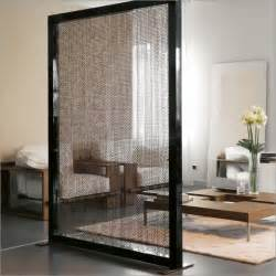 Portable room partition