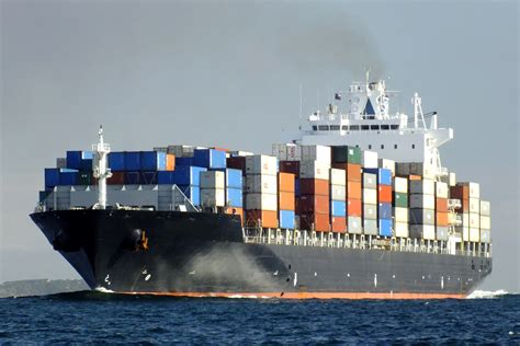 shipping a boat from usa to uk cargo ship tanker ship boat transport container freighter