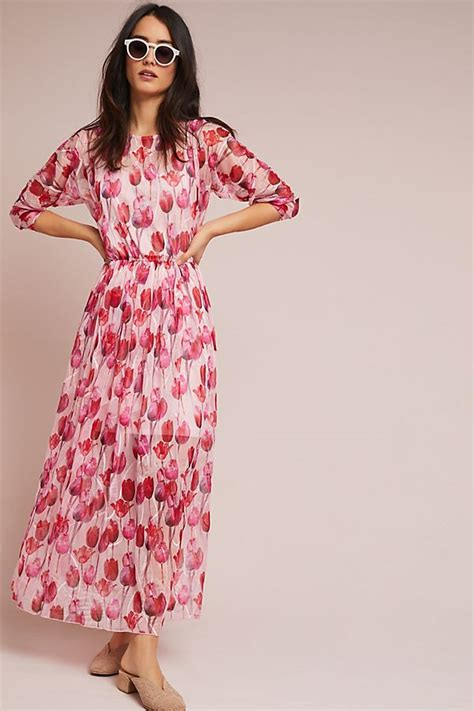 Maxi Cape Tulip Batik what to wear to a wedding 2018 wedding guest dresses junebug weddings
