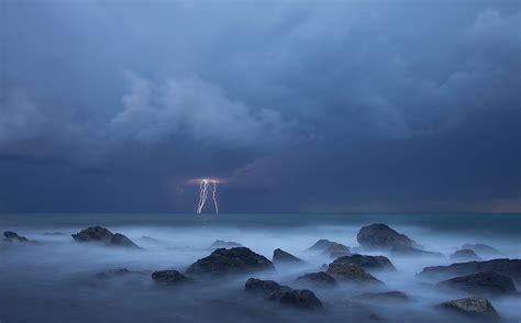 sul mare fulmini sul mare foto immagini natura mare paesaggi