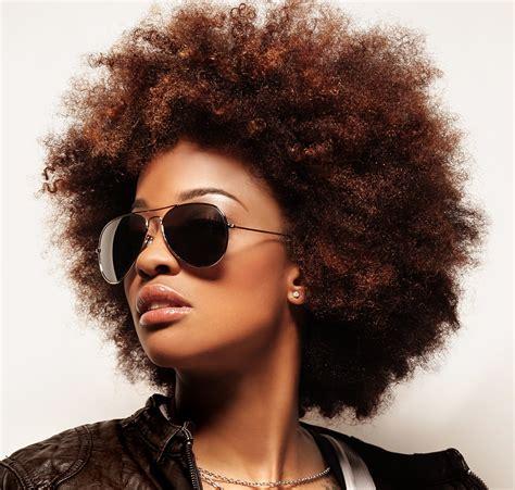 western singers highlight hairstyles singer reesa renee rockin it natural