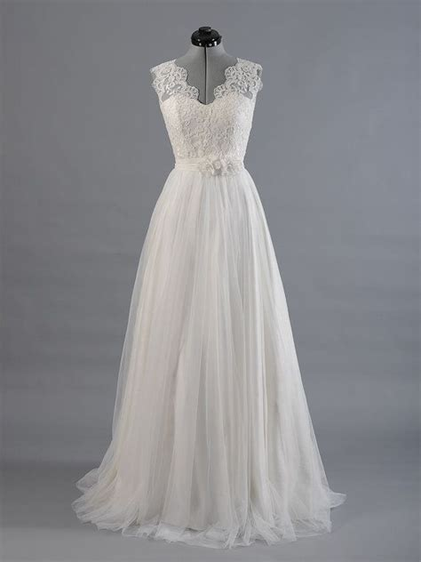 a line lace wedding dresses tulle skirt sleeveless v back