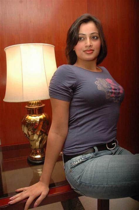 sexy tight shirt wallpaper world telugu films navneet kaur sexy blue tight