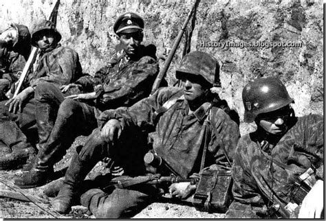 wwii german ss soldiers history in images pictures of war history ww2 waffen