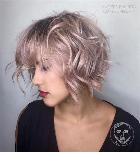 Short Aline Beachy Tutorial | aveda wavy long blonde bob short hair beach wave medium
