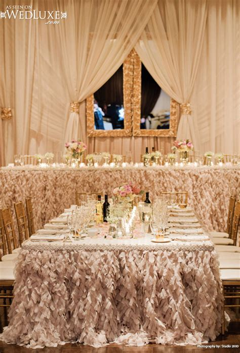 wedding tablescapes elegant white and gold wedding reception tablescapes
