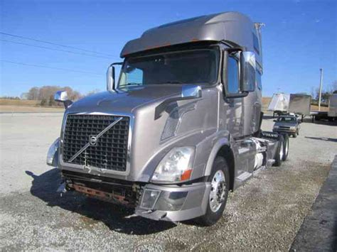 2013 volvo semi volvo 670 2013 sleeper semi trucks