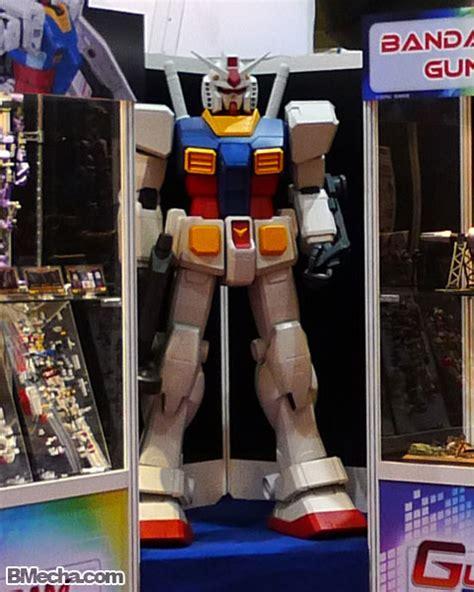Hg Rezel Delta Plus Daban Robot Mode Second singapore gundam 2010 part 2 anime events
