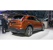 2020 Cadillac SRX Overview  Photo Gallery
